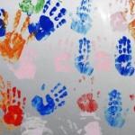Kinderhände Klicker / pixelio.de